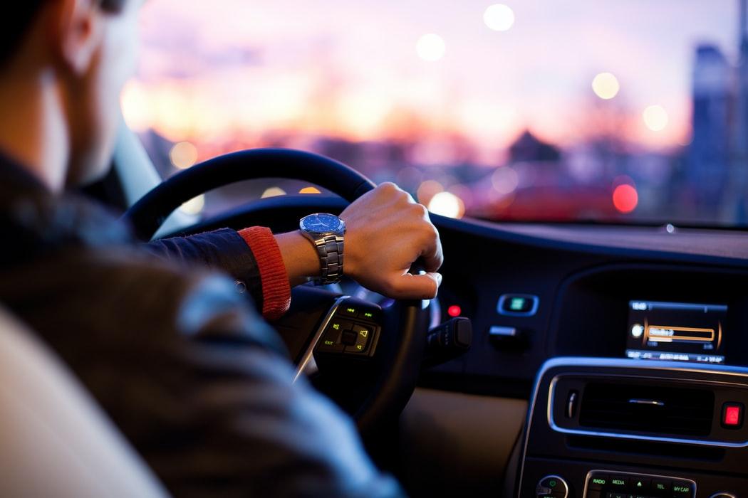 Uber Pro: nowy program nagród i benefitów dla kierowców