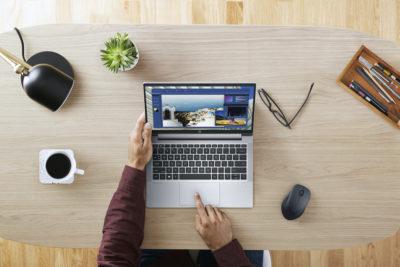 HP Reinvent: firma prezentuje nowości komputerowe stworzone specjalnie do hybrydowego modelu pracy