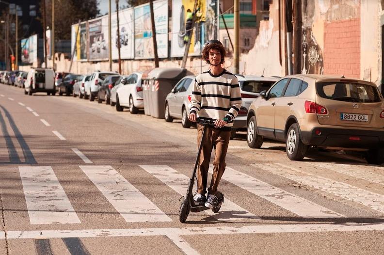 Mi Electric Scooter Essential 1