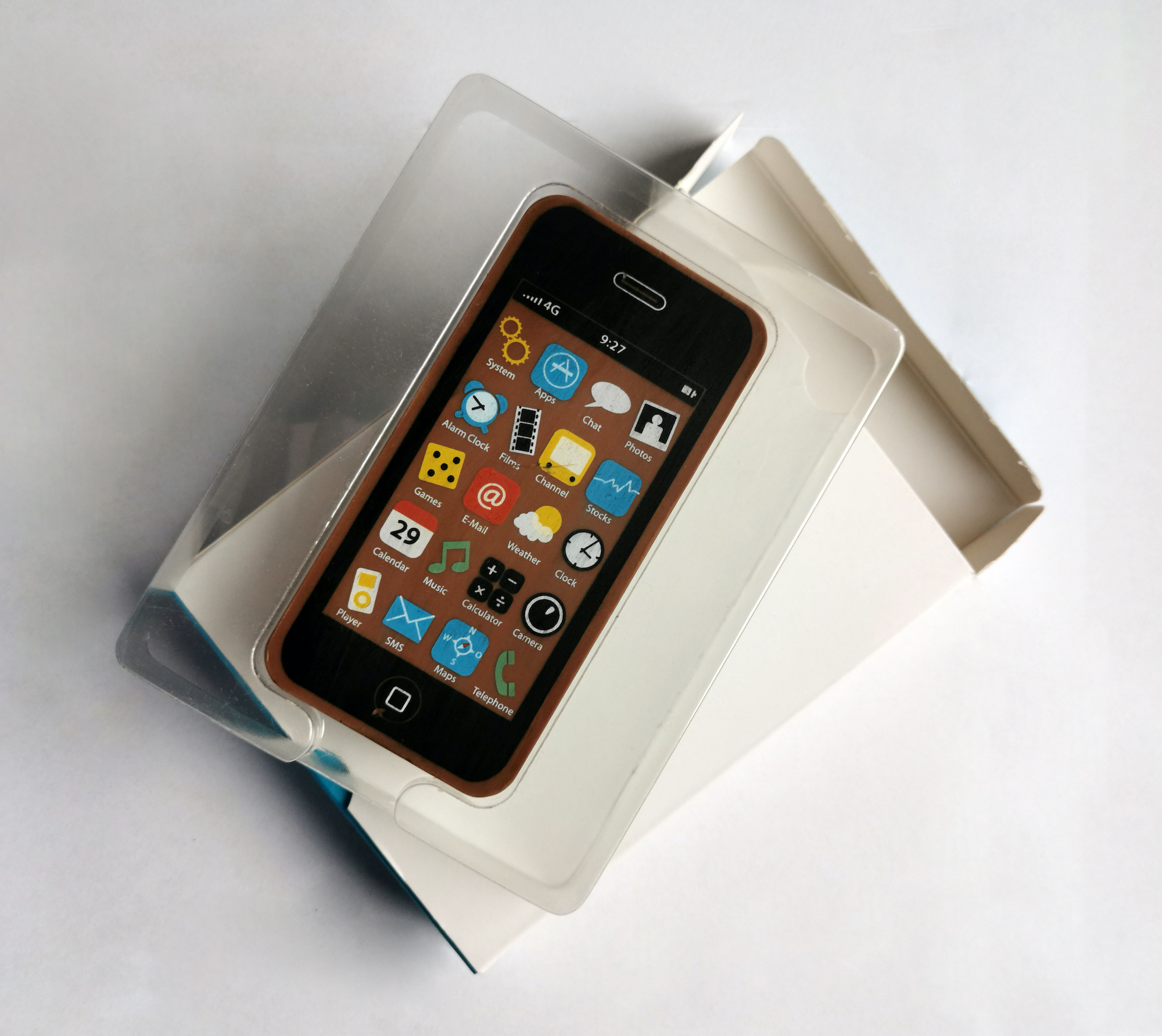 Mobile Vikings wprowadza do oferty pierwszy telefon