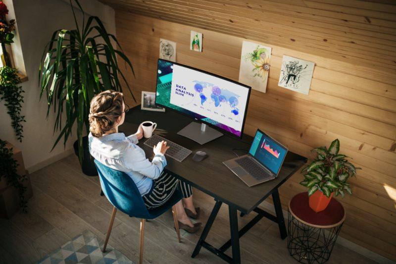 Dell prezentuje nowe monitory UltraSharp – lepsza wydajność i komfort pracy