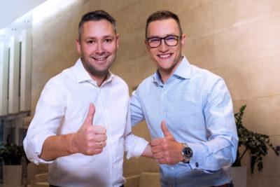OLX zainwestował w e-salon samochodowy Carsmile