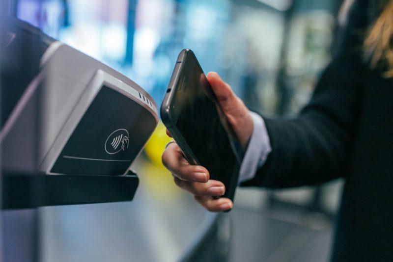 W Santander Bank Polska – Google Pay powyżej 100 zł bez PIN na terminalu