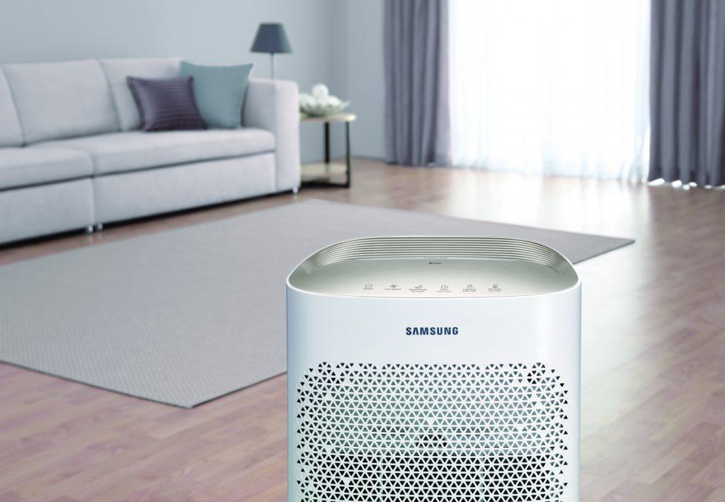 Oddychaj zdrowym powietrzem: nowy oczyszczacz Samsung ze złotym panelem