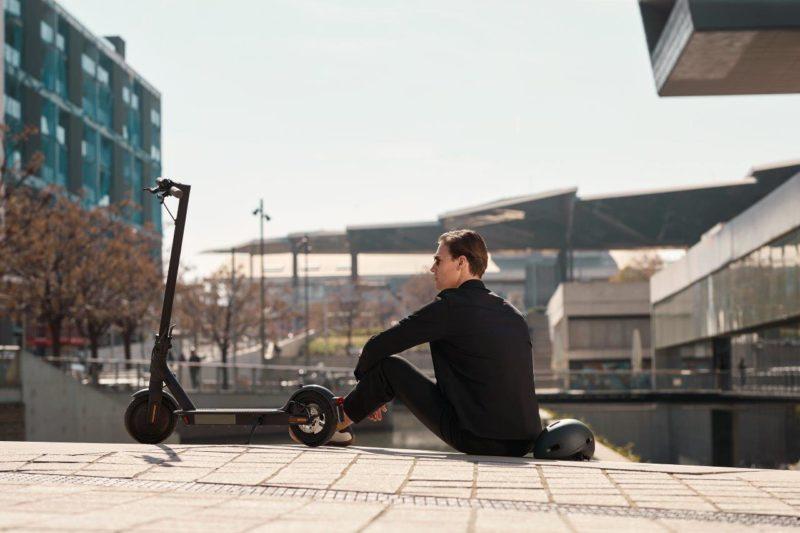 mi electric scooter 1s black 01