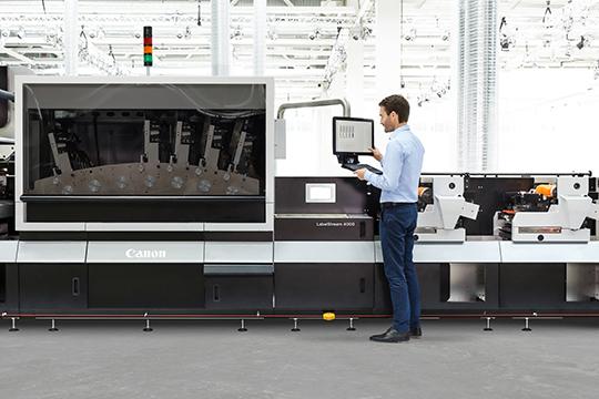 Pierwsza maszyna CANON LabelStream serii 4000 zainstalowana w Niemczech w Oschatz Visuelle Medien