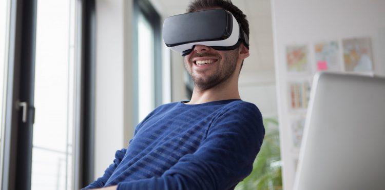Orange szkoli pracowników z pomocą technologii VR