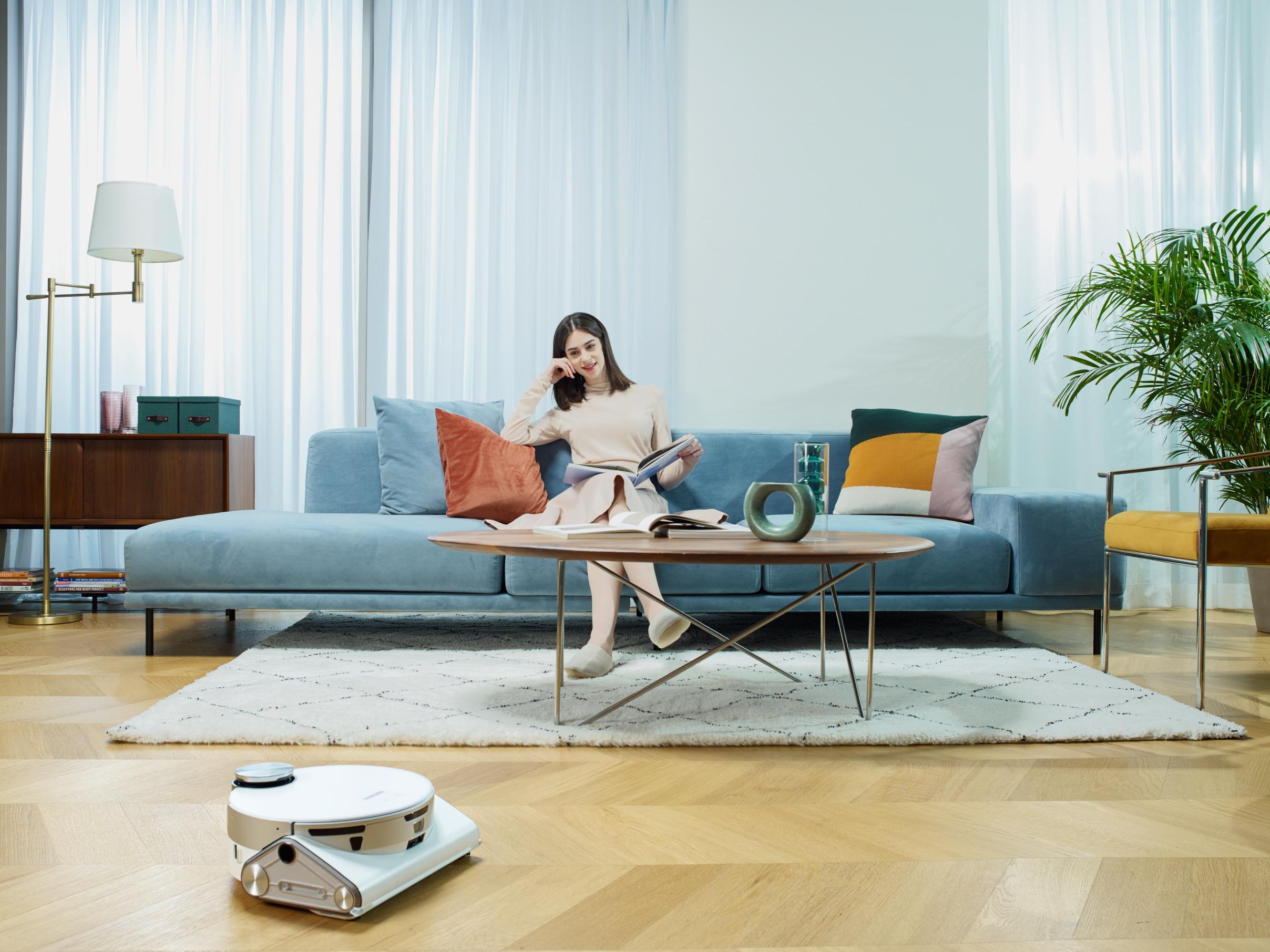 Przyszłość obowiązków domowych wg Samsung: roboty sprzątające oraz pralki i suszarki z wykorzystaniem sztucznej inteligencji