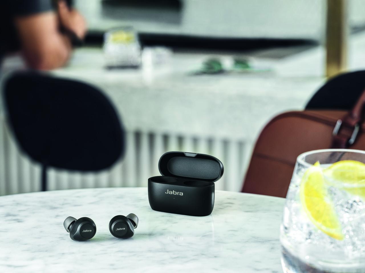 Jabra ogłasza nowe modele słuchawek dousznych z serii Elite 85t