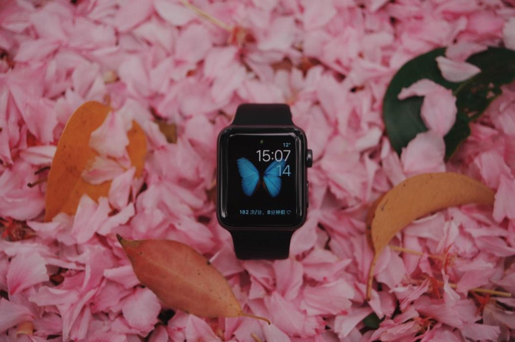 W Apple Watch i Samsung Galaxy Watch pojawi się glukometr do wykrywania poziomu cukru we krwi
