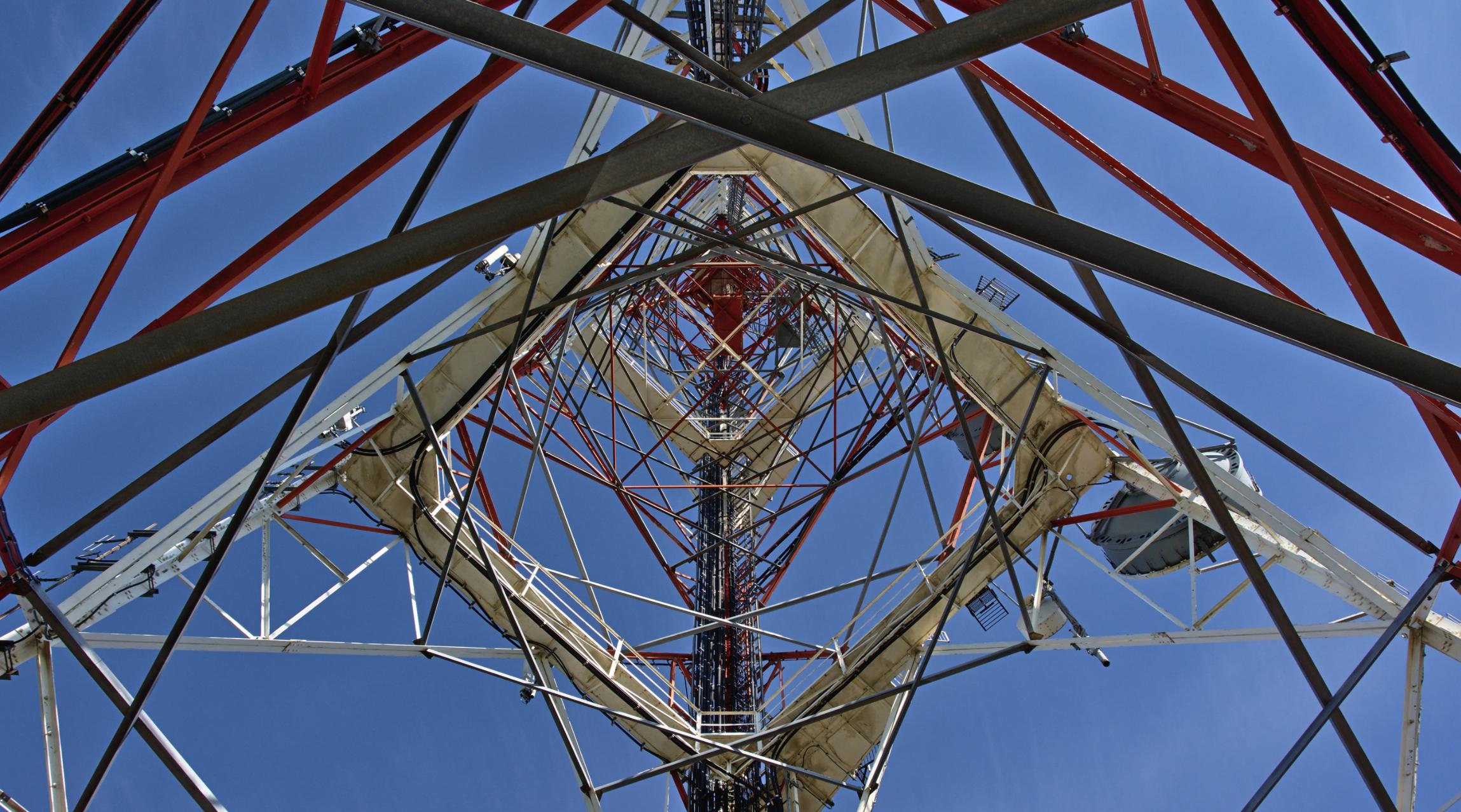 Grupa Polsat zdecydowała o sprzedaży kontrolnego pakietu udziałów Polkomtel Infrastruktura za 7,1 mld zł