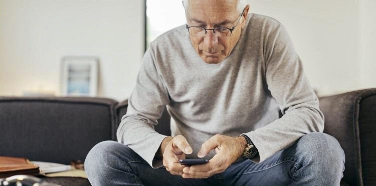 Senior bezpieczny w sieci