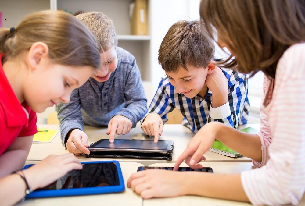 Badanie Sophos: najmłodsi nie potrafią rozpoznawać zagrożeń w sieci