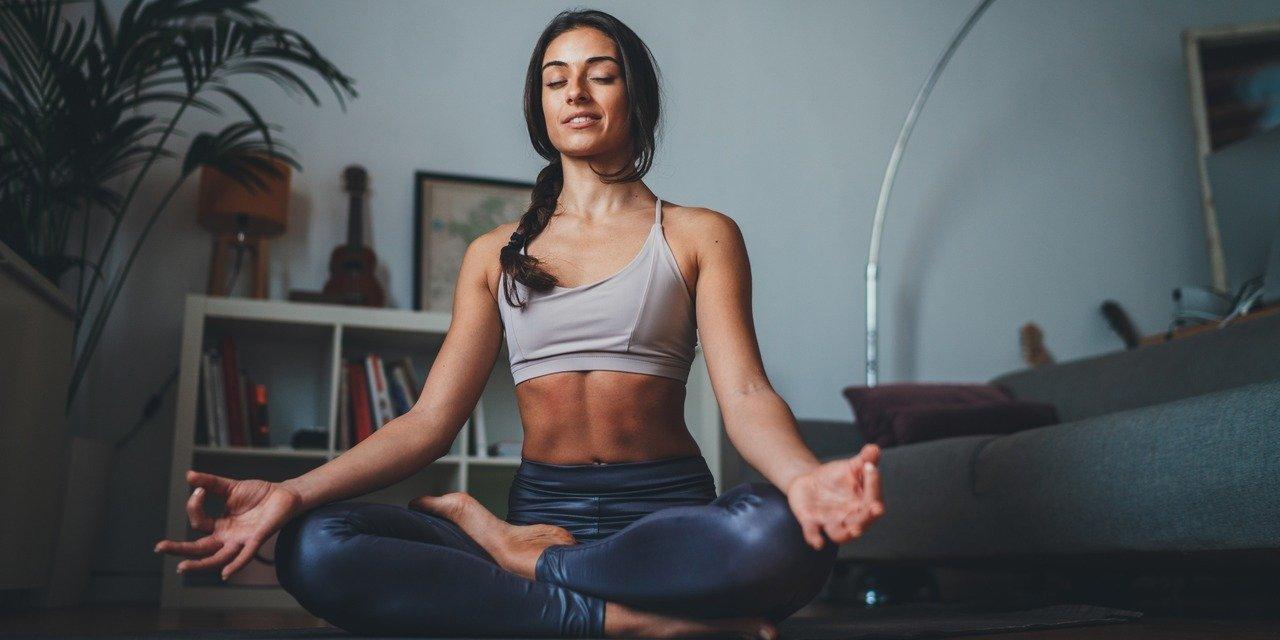 Spotify: 2021 – nowy ja! Popularność podcastów o medytacji wzrosła w Polsce aż o 665 procent