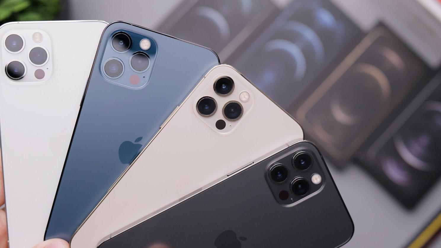 Najlepsze etui na iPhone 12 i 12 Pro – ranking TOP 5