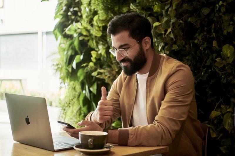 Ponad 65% ankietowanych wykorzystuje sprzęt służbowy w celach prywatnych – wyniki ankiety Kingston Technology w zakresie bezpieczeństwa danych podczas pracy zdalnej