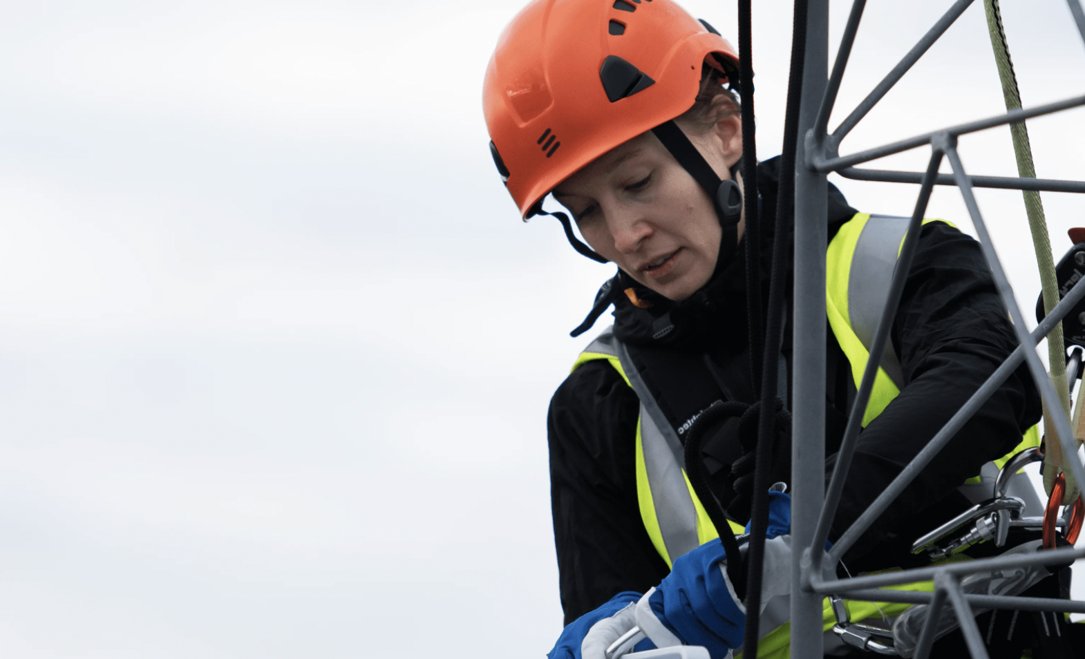 Play, Ericsson i OPPO przeprowadzili pomyślne testy agregacji pasma 5G NR