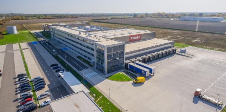 Orange zbuduje sieć kampusową 5G w fabryce Miele