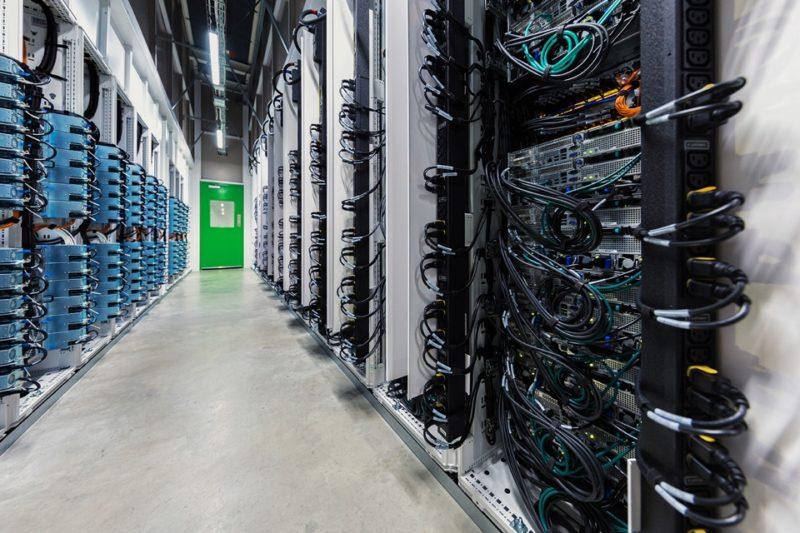 Microsoft Azure Stack HCI w NTT System