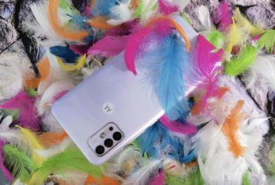 Motorola Moto G30 - długa i płynna praca, elegancki wygląd w przystępnej cenie