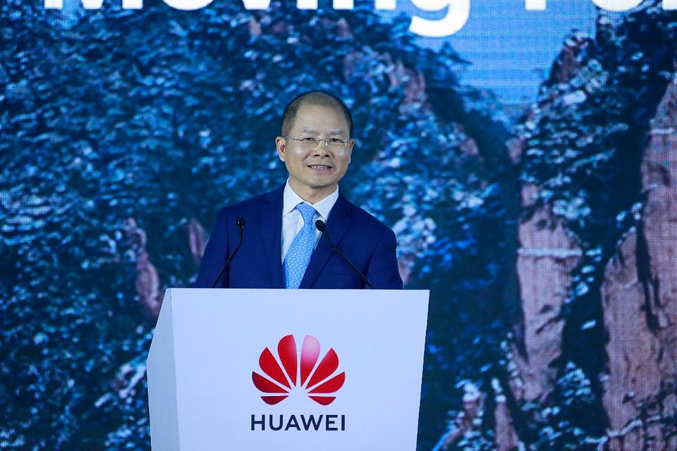 Huawei optymalizuje swoją ofertę, by dostosować się do sytuacji na globalnych rynkach