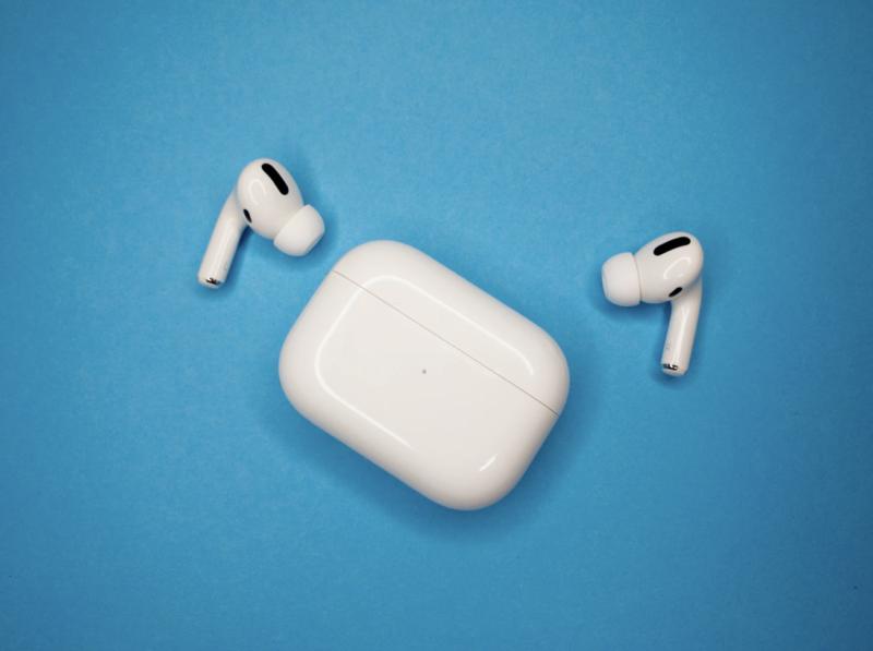 Nowe bezprzewodowe słuchawki Apple zaczną śledzić ruchy użytkowników