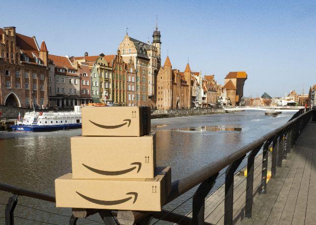 Od rozpoczęcia działalności w 2014 roku w Polsce, Amazon stworzył ponad 18 000 stałych miejsc pracy i liczba ta wciąż rośnie