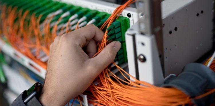 Orange podłączył ponad 10 000 gospodarstw domowych do światłowodu w Małopolsce w ramach POPC2