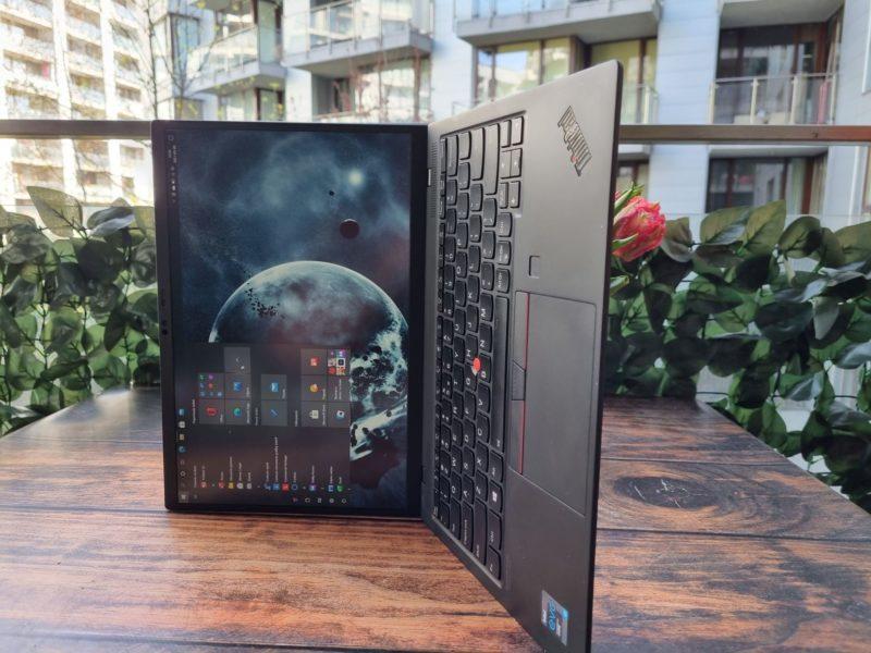 Lenovo ThinkPad X1 Nano 030