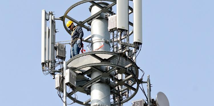 Dla klientów Orange pracuje już 10 000 stacji LTE 1800