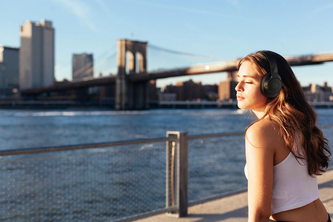 JBL Tune 760 NC – nowe słuchawki bezprzewodowe z redukcją hałasu
