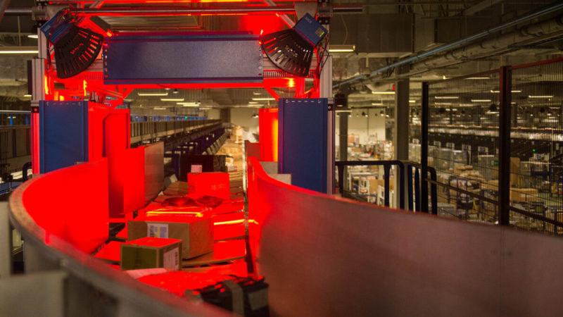 Największa w historii Poczty Polskiej inwestycja w automatyzację procesów logistycznych – Ponad 200 mln zł na trzy najnowszej generacji sortery paczkowe