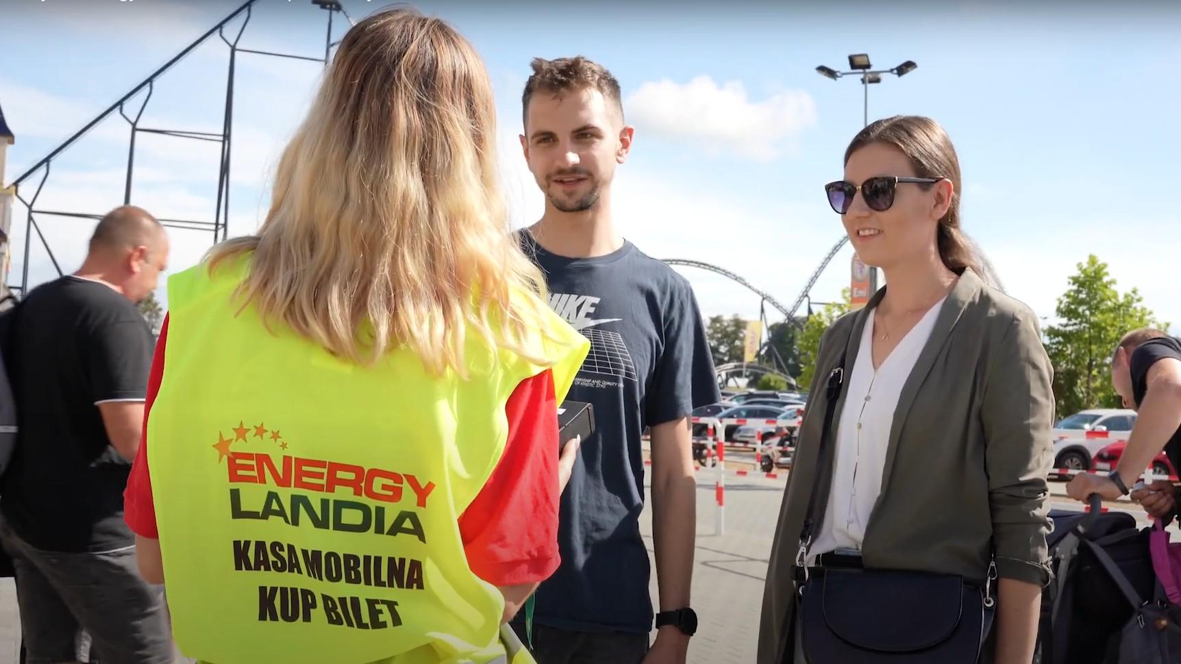 Największy park rozrywki w Polsce — Energylandia — wprowadza innowacyjne rozwiązanie pozwalające wyeliminować kolejki do kas biletowych, a także zapewnić gościom jeszcze większy komfort i bezpieczeństwo.