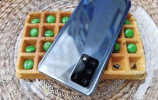 Oppo A74 – pierwszy telefon dla dziecka?
