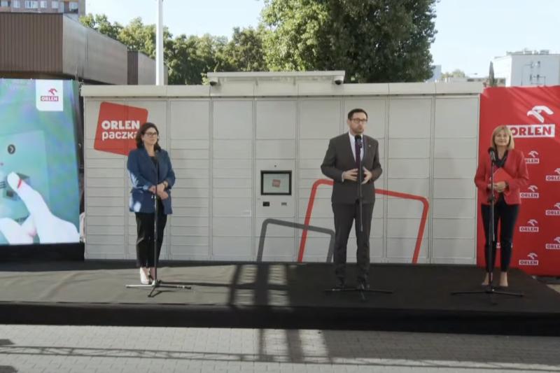 """Automaty """"ORLEN Paczka"""" dostępne już w wielu polskich miastach"""