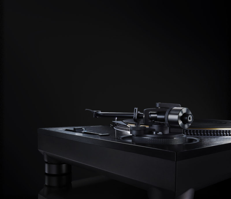 Direct Drive Turntable System SL 1210G 01