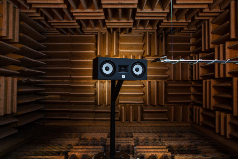 JBL Stage Anechoic Chamber 7
