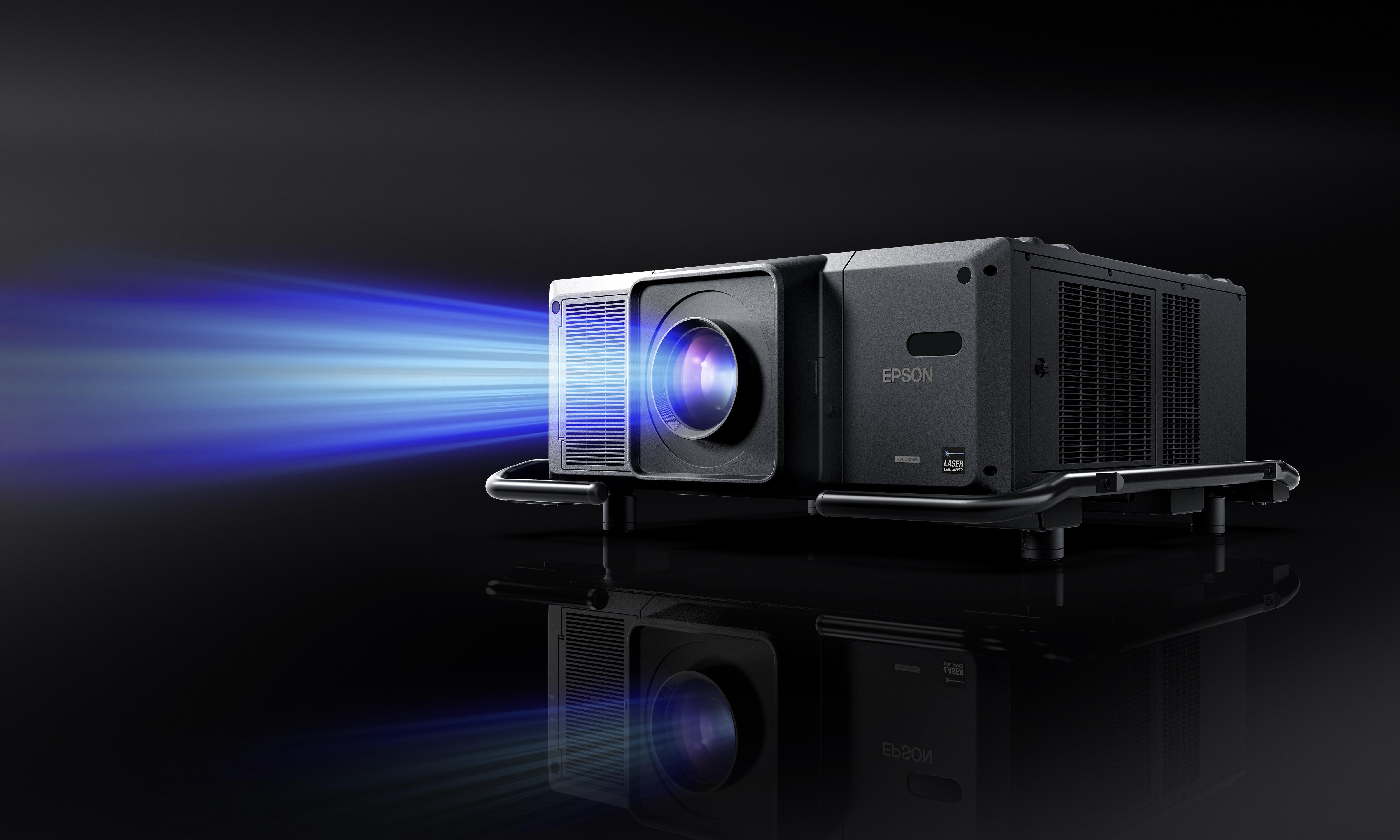 Epson na Kinomural 2021: najjaśniejszy projektor 3LCD na świecie wyświetli video-art na ścianach kamienic Wrocławia