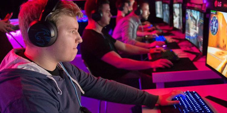 Jaki wybrać internet do streamingu gier?