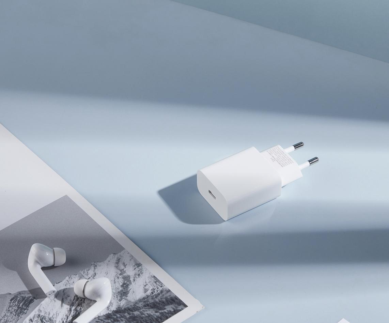 Najlepsze akcesoria do szybkiego ładowania iPhone 13 i 13 Pro, które warto kupić