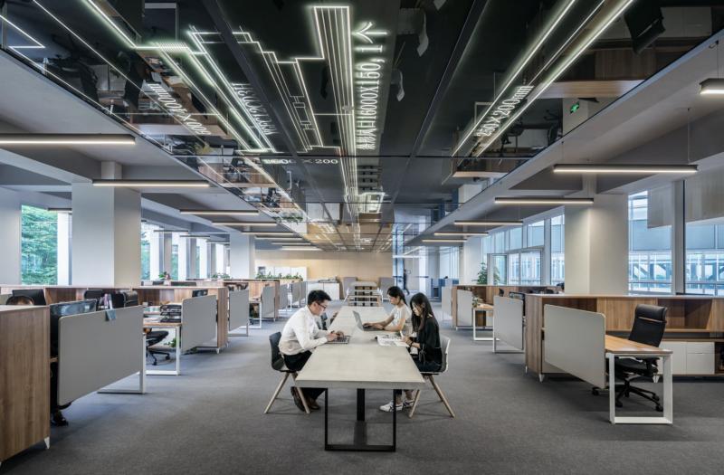 Raport Salesforce: Trendy w sektorze małych i średnich przedsiębiorstw