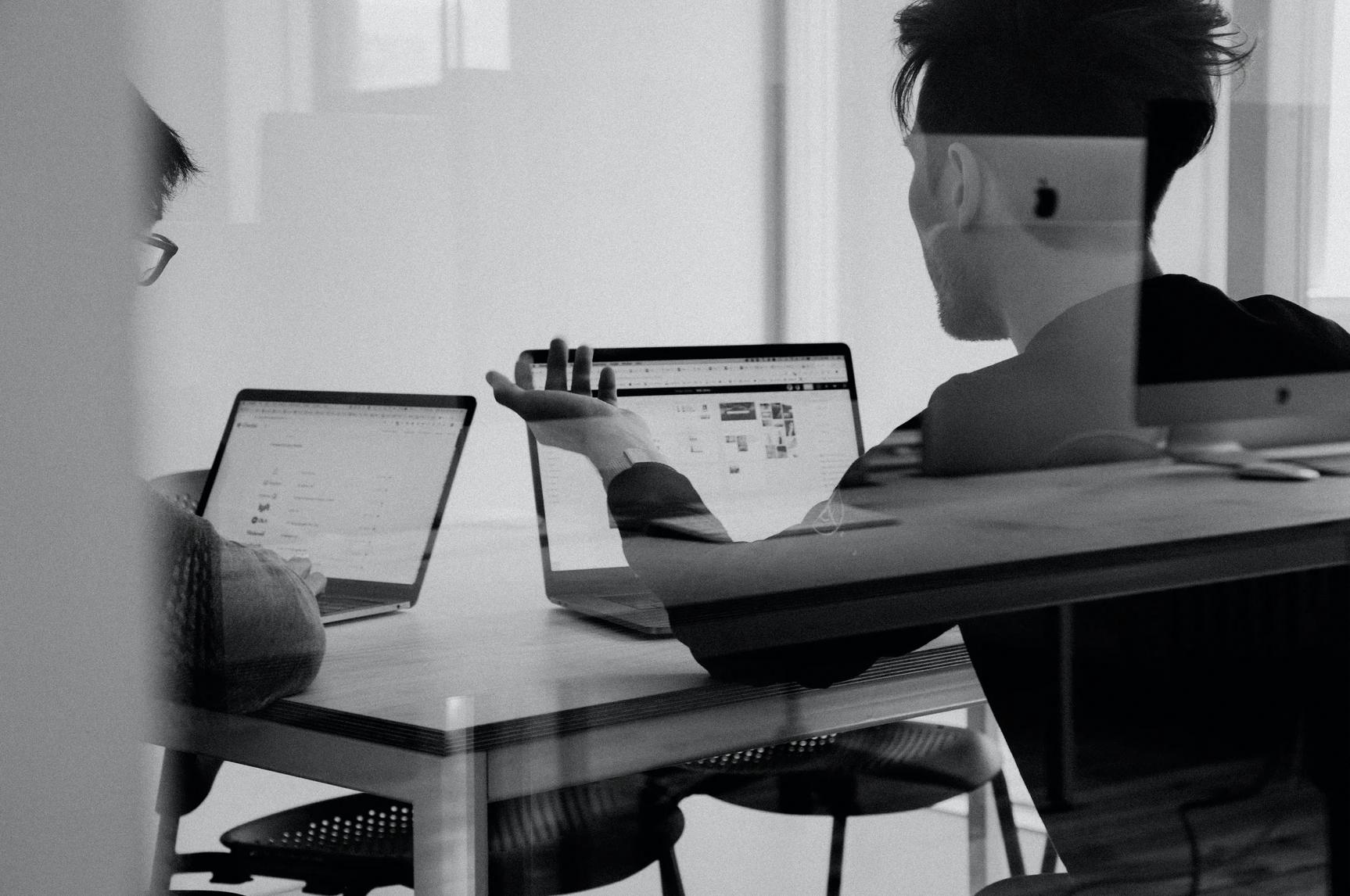 Badanie SAS: jakie technologie może wykorzystać biznes do poprawy doświadczeń klientów?