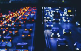 Inteligentne zarządzanie ruchem – jak rozwiązać problemy zakorkowanych miast?