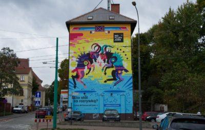 """Nowe, ekologiczne murale i specjaliści IT ratujący planetę – Kampania No Fluff Jobs """"IT Heroes – bohaterowie codzienności"""""""