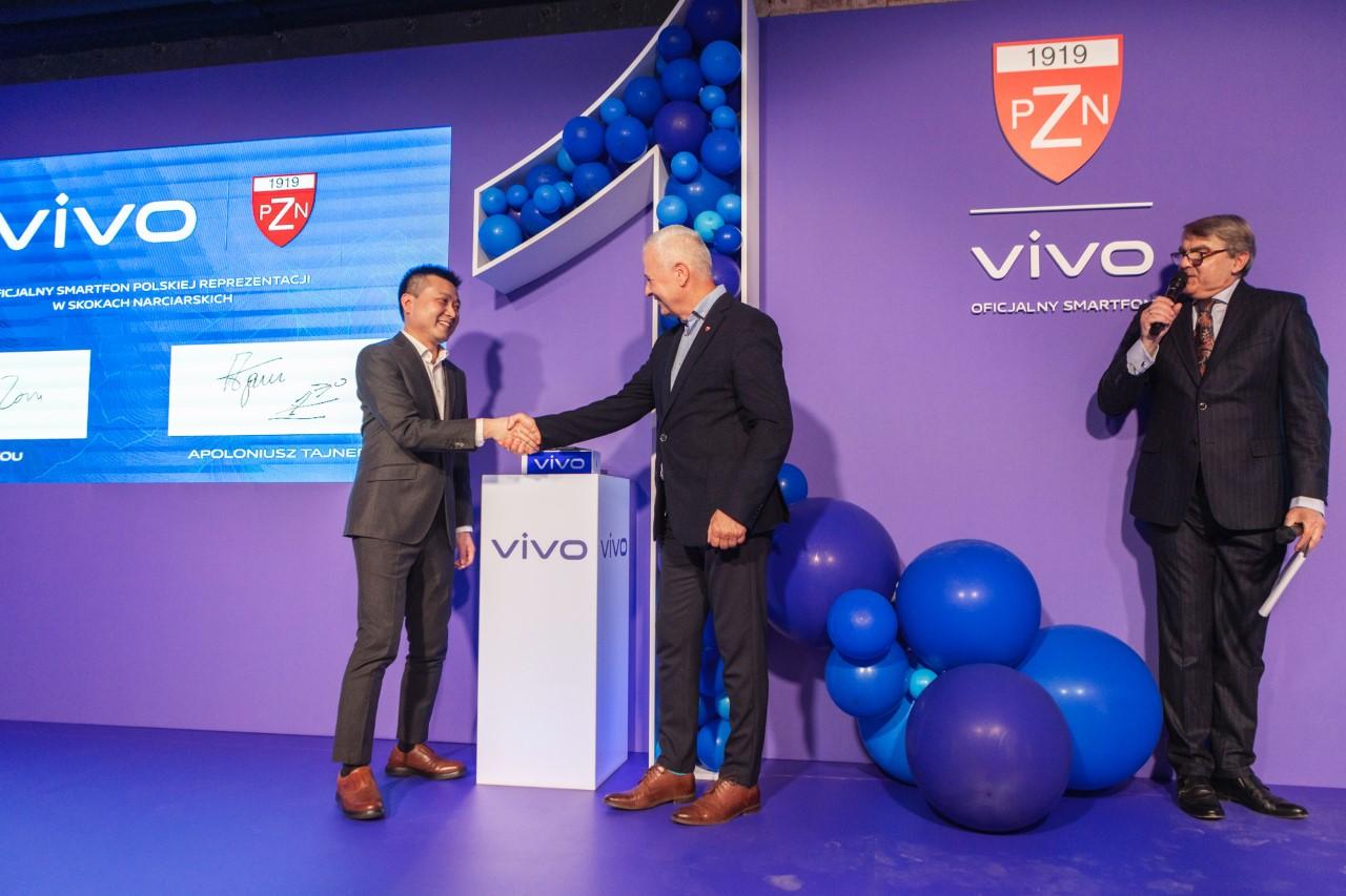 vivo świętuje swój pierwszy rok w Polsce i podpisuje umowę sponsorską z Polskim Związkiem Narciarskim
